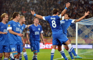 Players of  FC Dnipro celebrate scoring against SSC Napoli during UEFA Europa League, Group F, football match in Dnipropetrovs on October 25, 2012. AFP PHOTO/ SERGEI SUPINSKY        (Photo credit should read SERGEI SUPINSKY/AFP/Getty Images)
